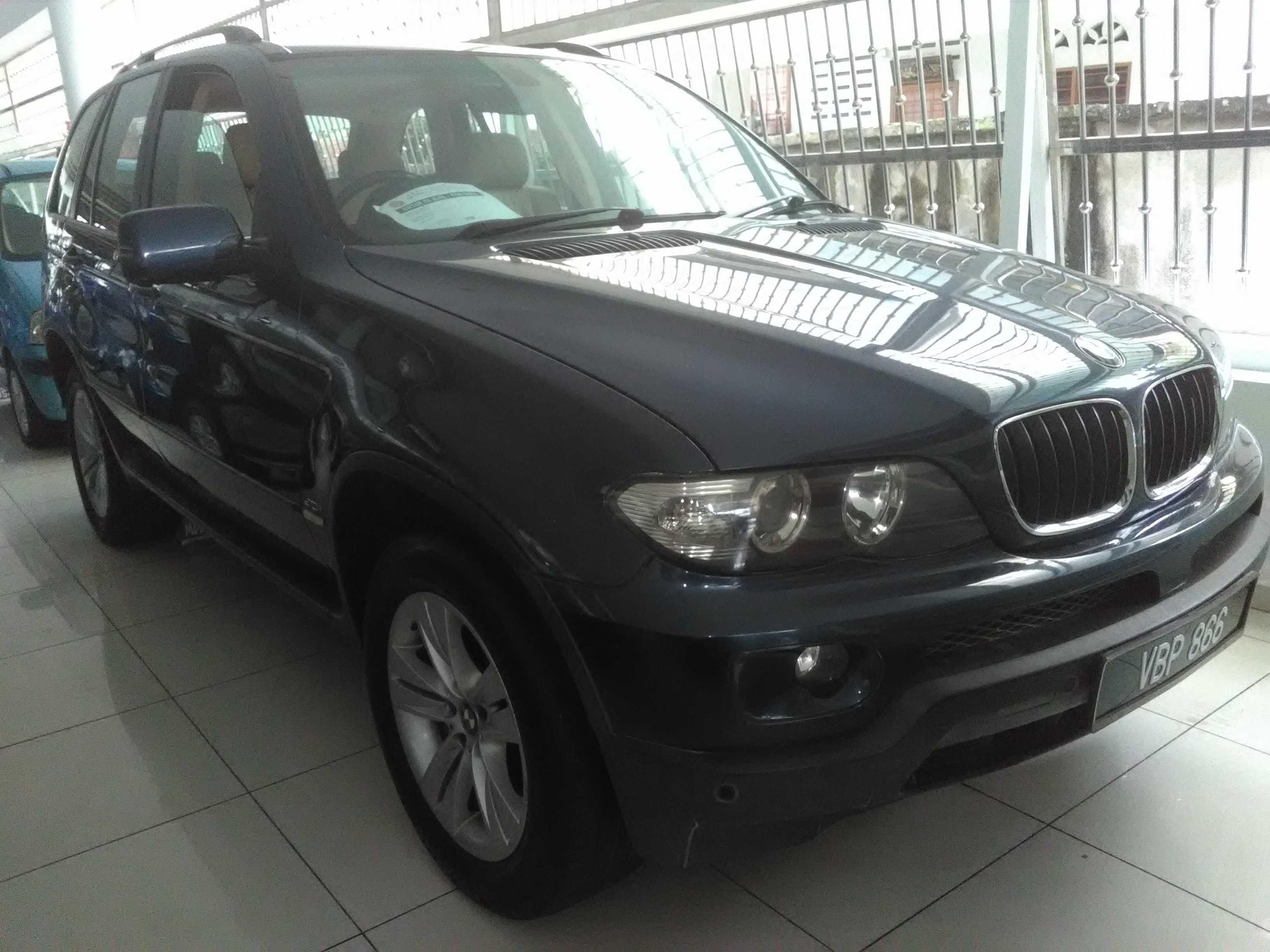 BMW X5 (3.0 CC)