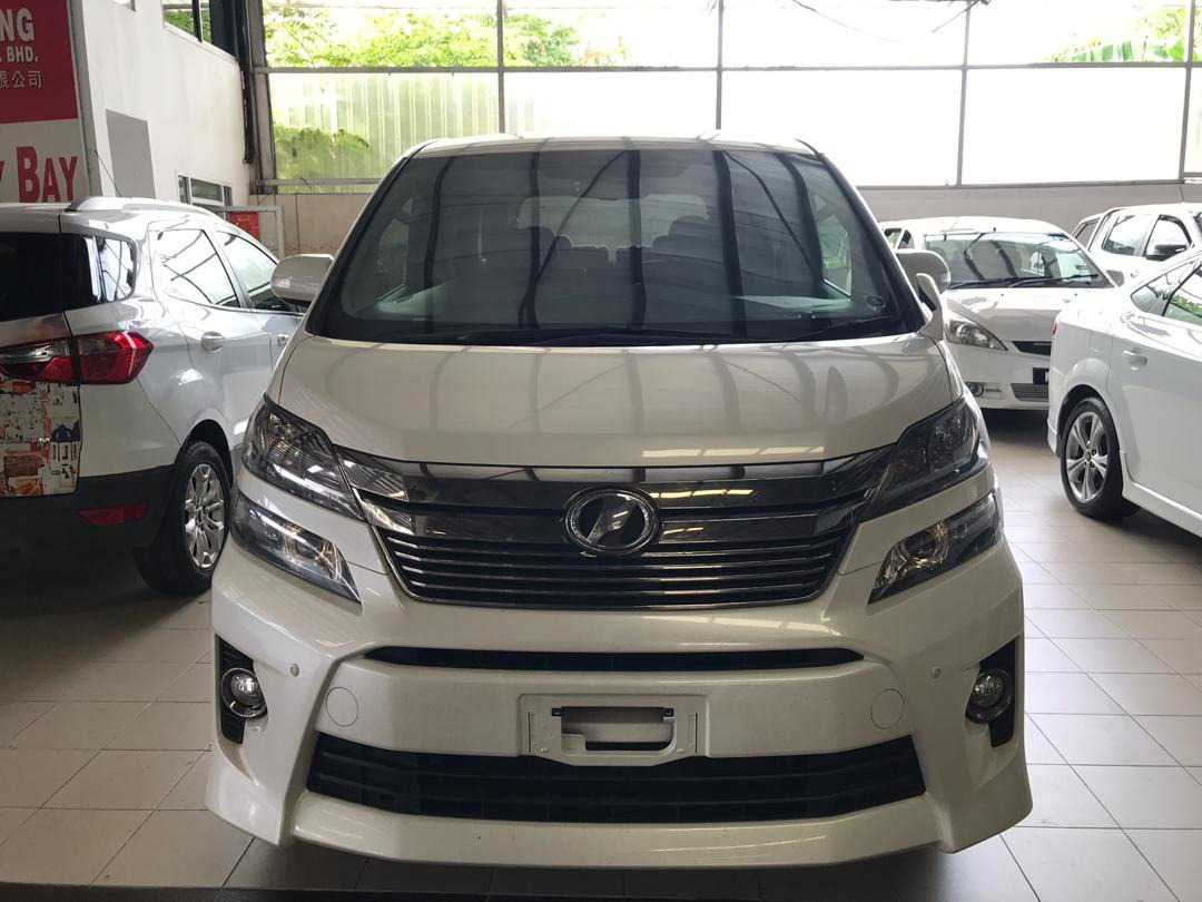 Toyota vellfire 2.4 golden eyes II