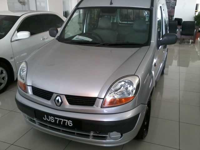 Renault kangoo 1.4cc - JJS 7776 (2006)
