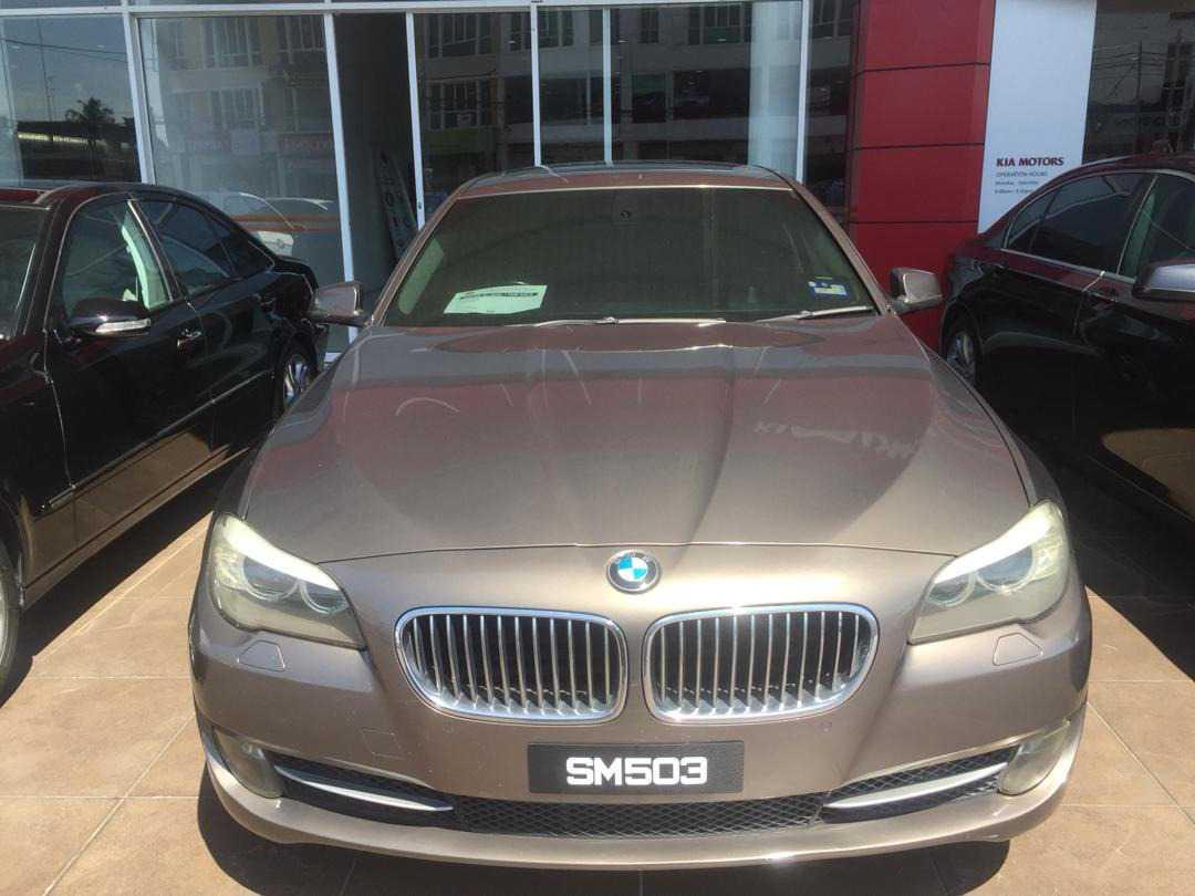BMW 528I (A)