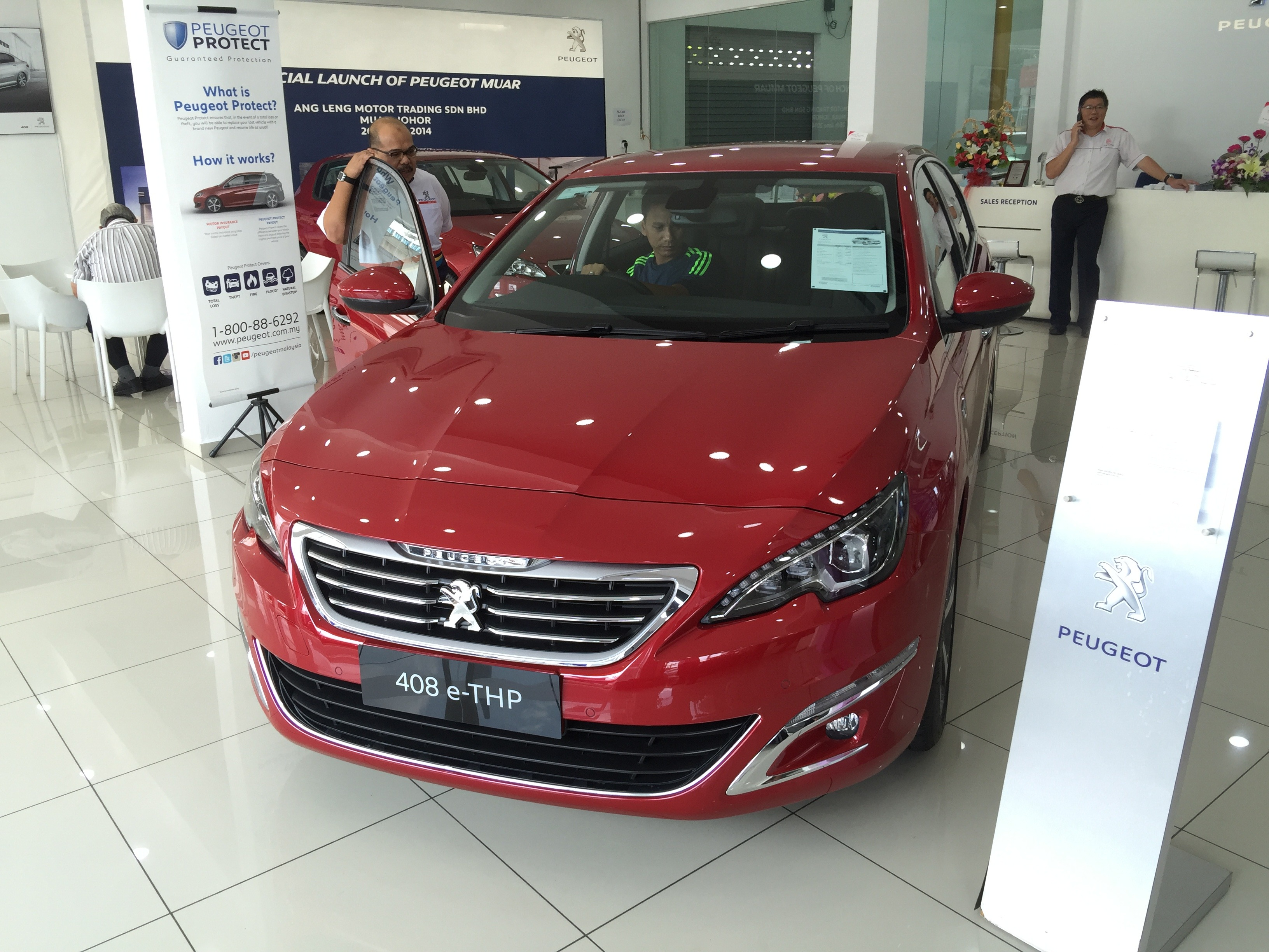 Launching New Peugeot 408 e-THP