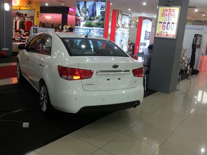 Peugeot & kia roadshow