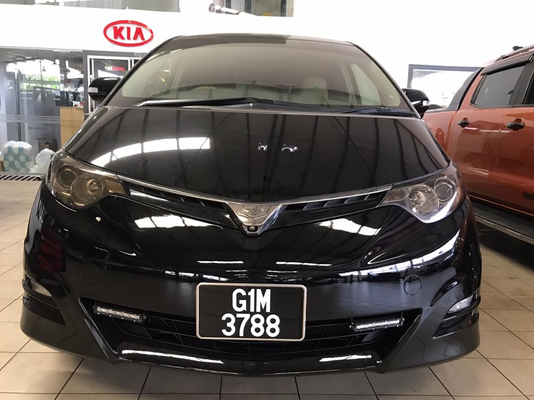 Toyota Estima 3.5
