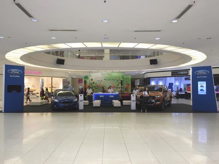 Ford roadshow at Bp mall